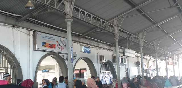 Stasiun Rangkasbitung Lebak Banten, Jumat (6/9/19). Foto Isbedy Stiawan ZS for radarcom.id
