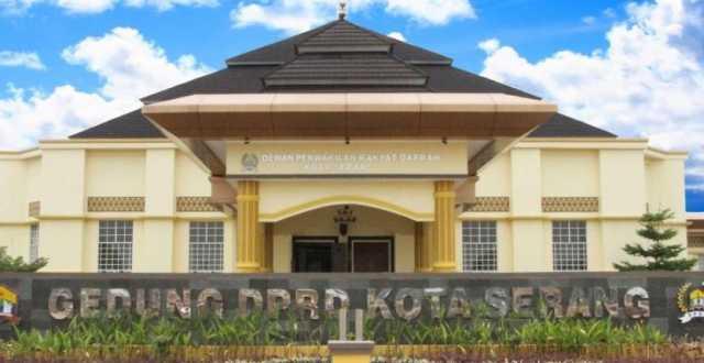 Gedung DPRD Kota Serang. Foto Istimewa