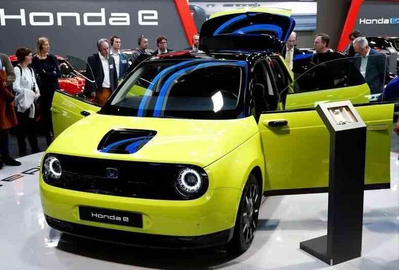 Honda e (ANTARA/Reuters)