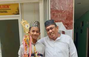 KH Ismail Zulkarnai dan Ardi Oksandi. Foto Istimewa for radarcom.id