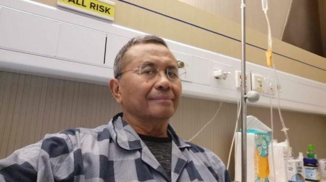 Dahlan Iskan di ruang perawatan pasien Covid-19 di sebuah rumah sakit di Surabaya. Foto: disway.id