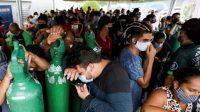 Mengantre Berjam-jam Demi Oksigen di Brasil. ©2021 REUTERS/Bruno Kelly