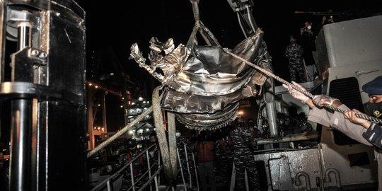 Mesin Sriwijaya Air SJ-182 Berhasil Ditemukan. © 2021 Merdeka.com/Iqbal S Nugroho